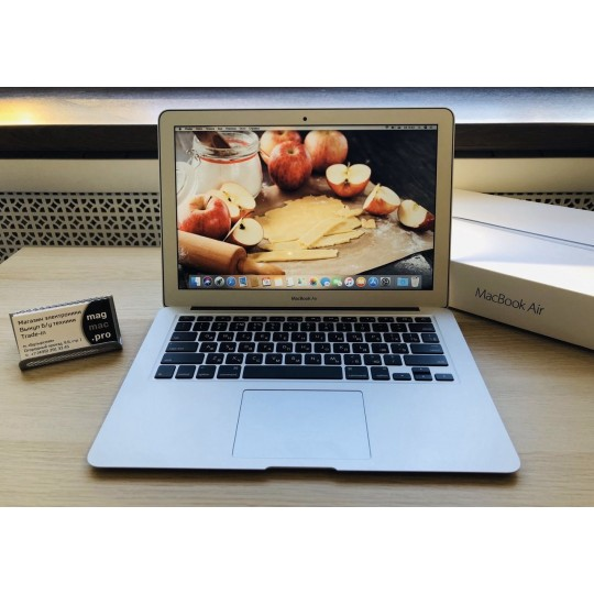 MacBook Air 13 2017 (8/128Gb)